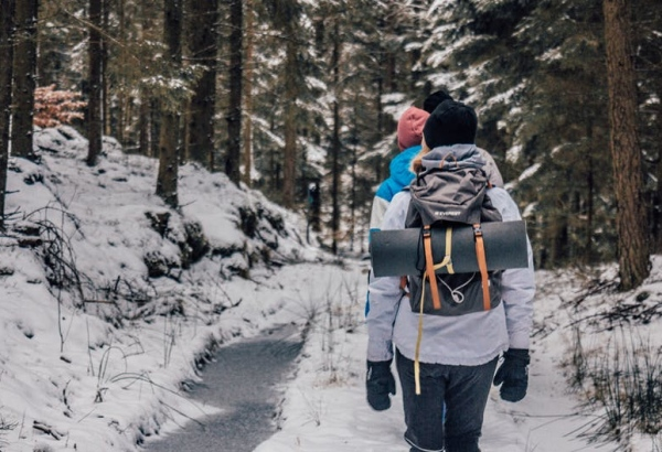 Here's What You Need To Know About Planning a Winter Hiking Trip