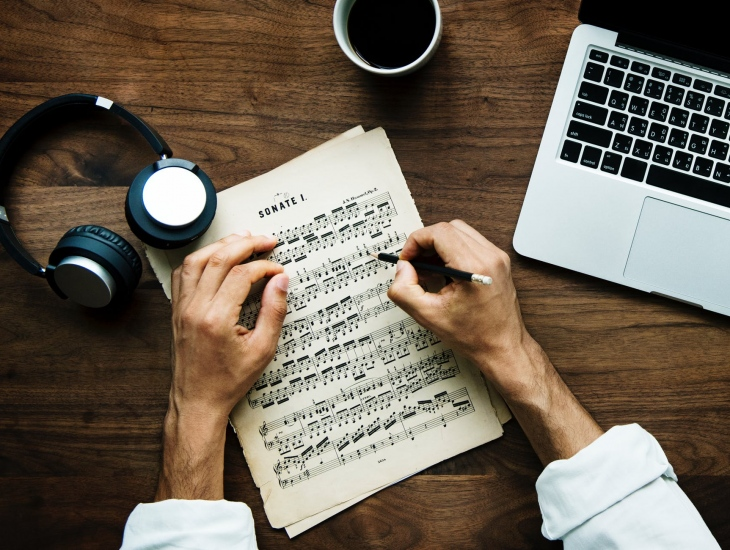 Tips for Writing New Music From the Pros of the Industry